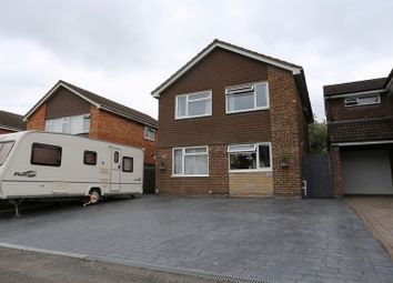 Thumbnail 4 bed detached house for sale in Redwood Avenue, Woodley, Reading