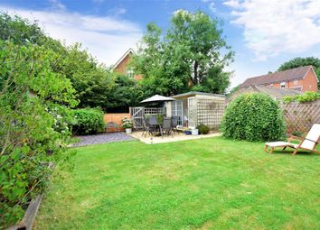 2 bed maisonette for sale in Southwick Close, East Grinstead, West Sussex RH19
