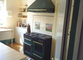 Thumbnail 5 bed town house to rent in Livingstone Road, Southsea