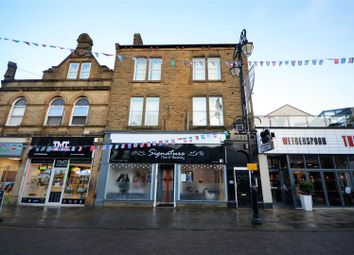 Thumbnail 1 bed flat to rent in Flat 2, 117 Queen Street, Morley
