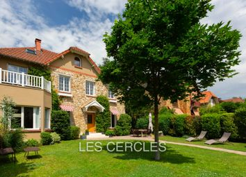 Thumbnail 5 bed property for sale in 78400, Chatou, France