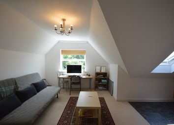 Thumbnail 1 bedroom flat to rent in Holmesdale Road, Reigate, Surrey