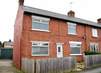 Thumbnail 3 bed town house to rent in East Parade, Brigg