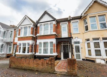 Thumbnail 2 bed flat for sale in Boscombe Road, Southend-On-Sea