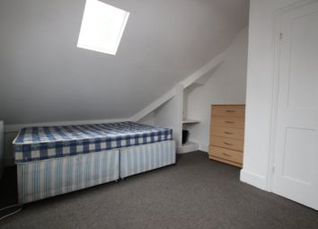 Thumbnail 3 bed flat to rent in Vickers Street, Nottingham