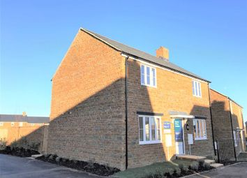 Thumbnail 4 bed detached house for sale in Collins Drive, Bloxham, Banbury