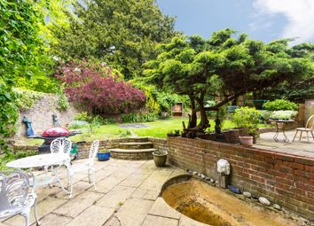 Thumbnail 4 bed town house for sale in Heatherdale Close, Kingston Upon Thames