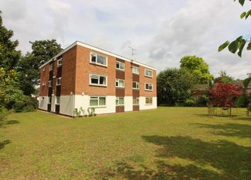 Thumbnail 1 bed flat to rent in Elgin Road, Weybridge