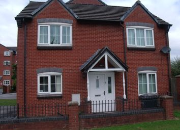 Thumbnail 3 bed detached house to rent in Baldwins Close, Royton, Oldham