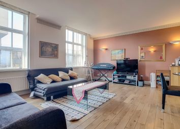 Thumbnail 2 bed flat to rent in Russell Square, London