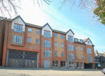 Oakridge Place, Oak End Way, Gerrards Cross SL9. 1 bed flat for sale