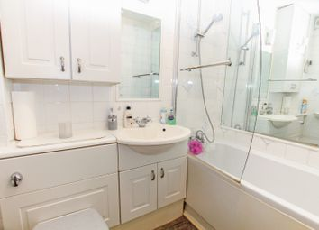 Thumbnail 1 bed flat for sale in Duarte Place, Grays