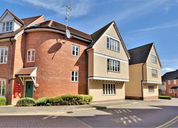 Thumbnail 2 bed flat for sale in Weavers Close, Dunmow