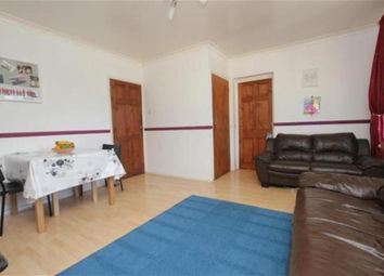 Thumbnail 3 bed flat to rent in Longfield Crescent, London