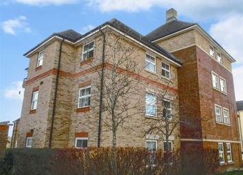 2 bed flat to rent in Marbeck Close, Swindon, Wiltshire SN25