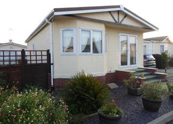 Thumbnail 2 bedroom mobile/park home for sale in Fenland Village, Osborne Road, Wisbech, Cambridgeshire, 3Jr