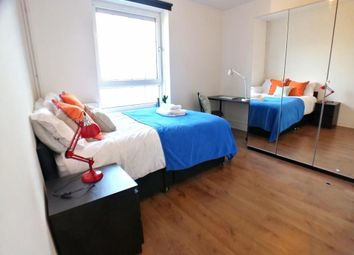 Room to rent in Willis House, Hale Street, London E14