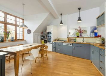 Thumbnail 3 bedroom flat for sale in Swains Lane, Highgate