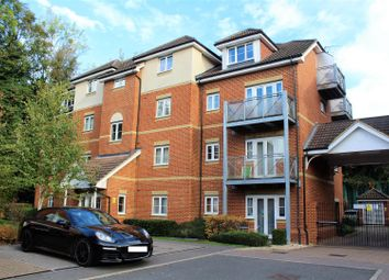 Thumbnail 2 bedroom flat for sale in Coopers Rise, High Wycombe