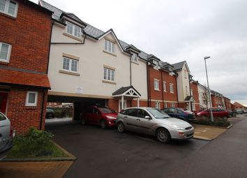Thumbnail 1 bed flat to rent in Grange Drive, High Wycombe
