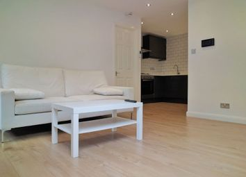 Thumbnail 1 bed flat to rent in Avondale Road, South Croydon