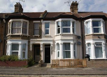 Thumbnail 2 bed flat to rent in Hamlet Road, Southend On Sea, Essex