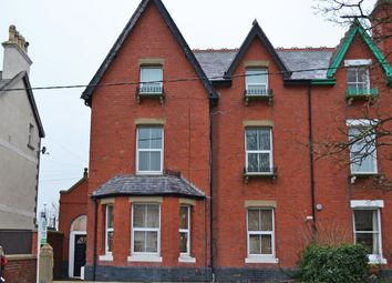 Thumbnail 2 bed flat to rent in Sea Road, Abergele