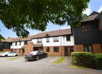 Copperfields, Basildon, Essex SS15. 2 bed flat