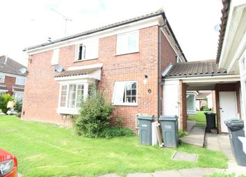 Thumbnail 2 bed property to rent in Milverton Green, Luton