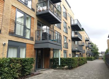 Thumbnail 3 bed flat to rent in Kingsley Walk, Cambridge