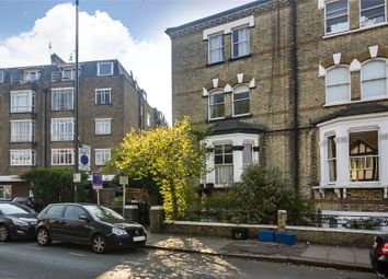 St. Margarets Road, Twickenham TW1. 2 bed flat for sale