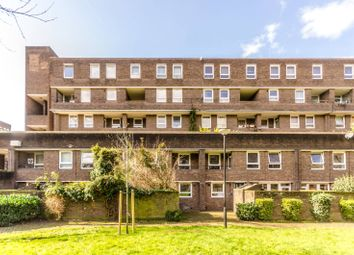 Thumbnail 3 bed flat to rent in Wynyatt Street, Clerkenwell