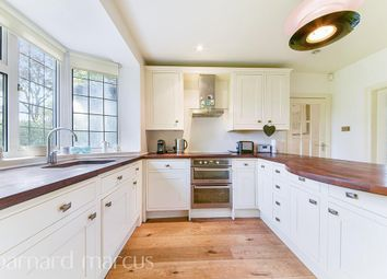 Thumbnail 3 bed detached house to rent in Norfolk Avenue, Sanderstead, South Croydon