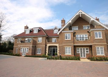 Thumbnail 2 bed flat to rent in Outwood Lane, Chipstead