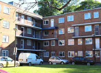 2 bed flat for sale in High Street South, Dunstable LU6