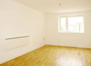Thumbnail 1 bed flat to rent in Singapore Road, West Ealing, London