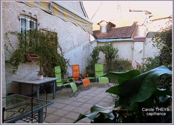 Thumbnail 3 bed town house for sale in Auvergne, Allier, Montlucon