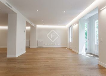 Thumbnail 3 bed apartment for sale in Spain, Madrid, Madrid City, Salamanca, Recoletos, Mad24321