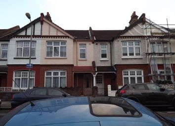 Thumbnail 6 bed terraced house to rent in Ashvale Road, London