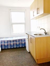 Thumbnail Studio to rent in Kingsway, Enfield, Middlesex
