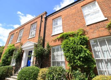 Thumbnail 2 bed flat to rent in Albion Place, Winchester