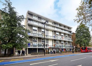 2 bed maisonette to rent in Bow Road, Bow, London E3