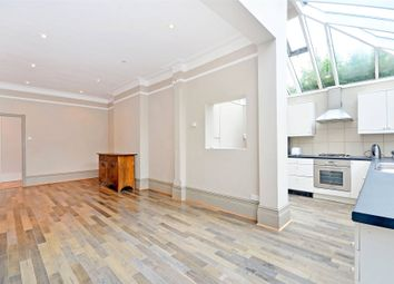 Thumbnail 3 bed flat to rent in Curzon Road, Muswell Hill, London