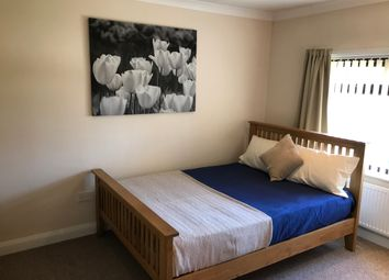 Thumbnail 5 bed shared accommodation to rent in The Grove, Wheatley Hills, Doncaster