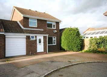Thumbnail 3 bed property to rent in Juniper Close, Ashford