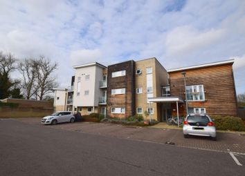 Thumbnail 3 bed flat to rent in Maltings Close, Cambridge