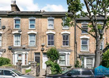 White Hart Lane, London N22. 1 bed flat