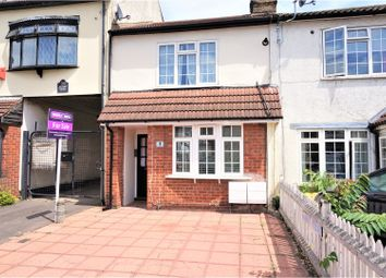 Thumbnail 1 bedroom maisonette for sale in Albert Road, Romford