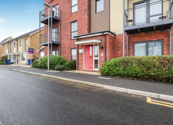 1 bed flat for sale in Meadow Drive, South Ockendon RM15