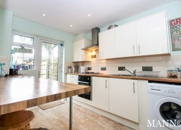 Thumbnail 3 bed property to rent in Sedgewood Close, Bromley